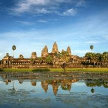 World Challenge Cambodia 2021 - Louise & Emma Oswald