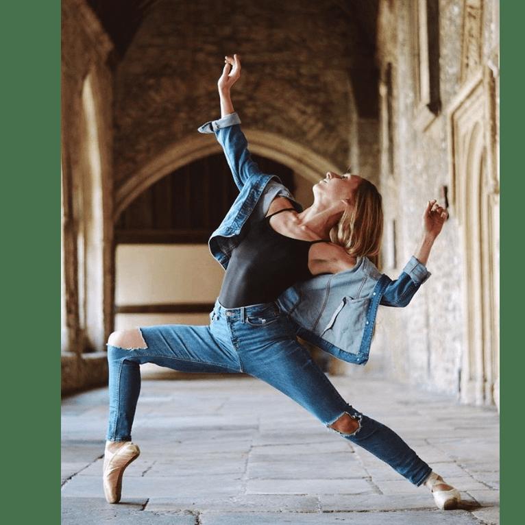 Dance School - Emily Bennett - 2019