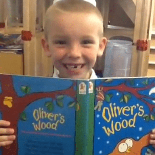 Delves Infant School Library - Walsall