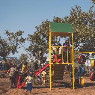 African Playgrounds Uganda - Edmund Dickens