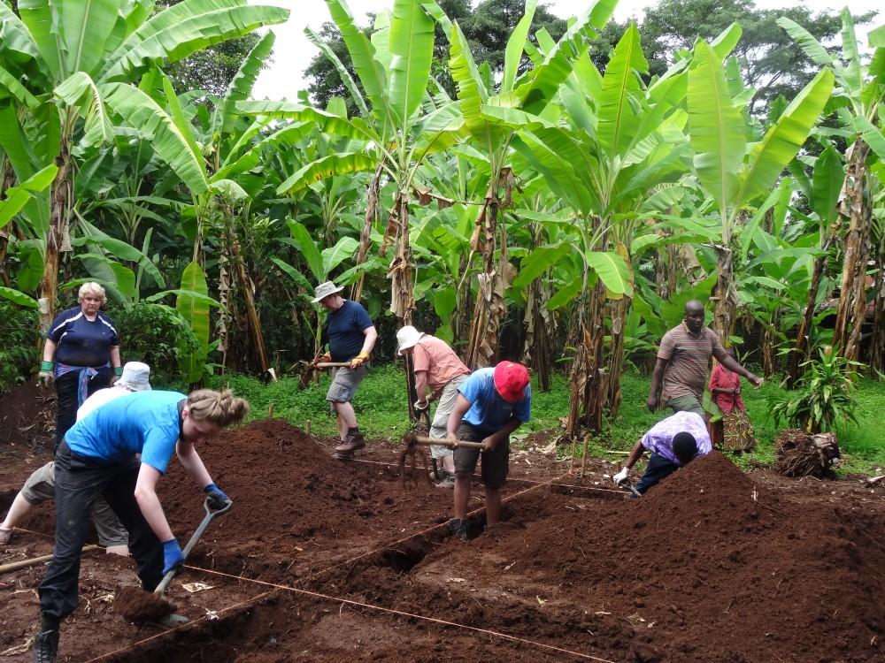 Vine Trust Tanzania 2019 - Daisy Urquhart-Dixon
